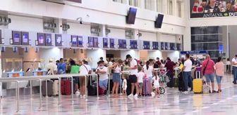 Antalya: Romanyalılar da Antalya'da tatili güvenli ve sağlıklı buluyor