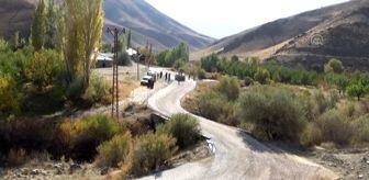 Hakkari: Esendere beldesinde yollar kaplanıyor