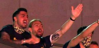 Futbolcu: Fenerbahçeli futbolcular, Trabzonspor galibiyetinin ardından şampiyonluk şarkıları söyledi