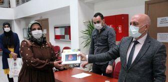Cumhurbaşkanı: Kütahya'da 61 öğrenciye tablet