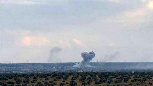 Son Dakika! Rus savaş uçakları İdlib'de ılımlı muhaliflerin eğitim kampını vurdu