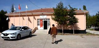Kırşehir: Turşu fabrikasına dönüştürülen atıl ilkokul binası kadınlara iş kapısı oldu