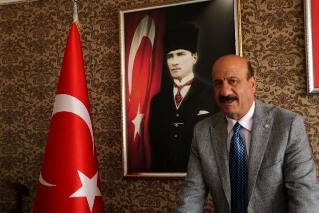 Başkan Kırkpınar'dan Kandil ve Cumhuriyet Bayramı mesajı