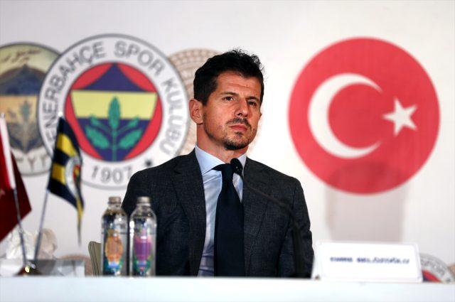 Emre Belözoğlu en büyük hayalini bu sözlerle anlattı: Bu memleketin çocuklarına F.Bahçe forması giydirmek istiyorum