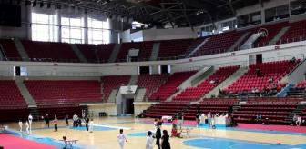 Konya: Eskrimde 10-12-14 Yaş Altı Epe Açık Turnuvası başladı