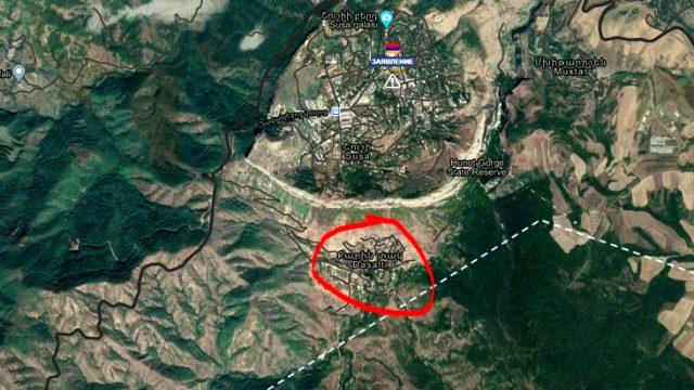 Azerbaycan, Şuşa yakınlarında Ermenistan'a ait roket ambarını vurdu