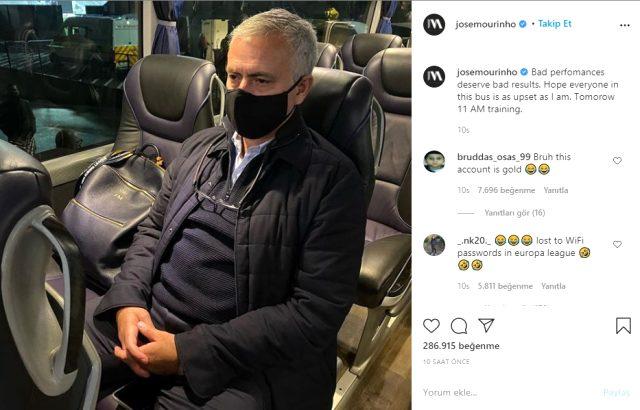 Jose Mourinho, mağlubiyet sonrası yaptığı paylaşımla oyuncularına seslendi :Umarım herkes benim kadar üzgündür