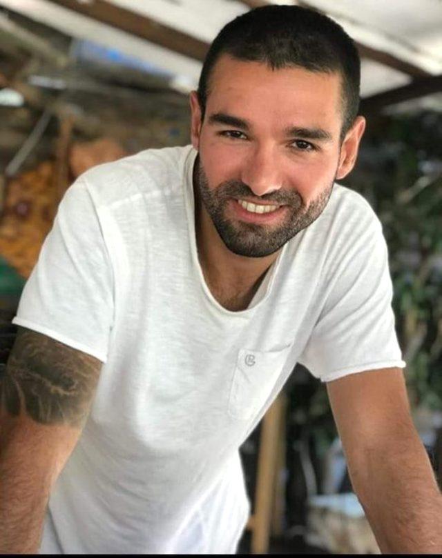 Göztepe Kulübü, daha önce kulüpte staj yapan Ali Çağın Kaygusuz'un enkaz altında olduğunu açıkladı