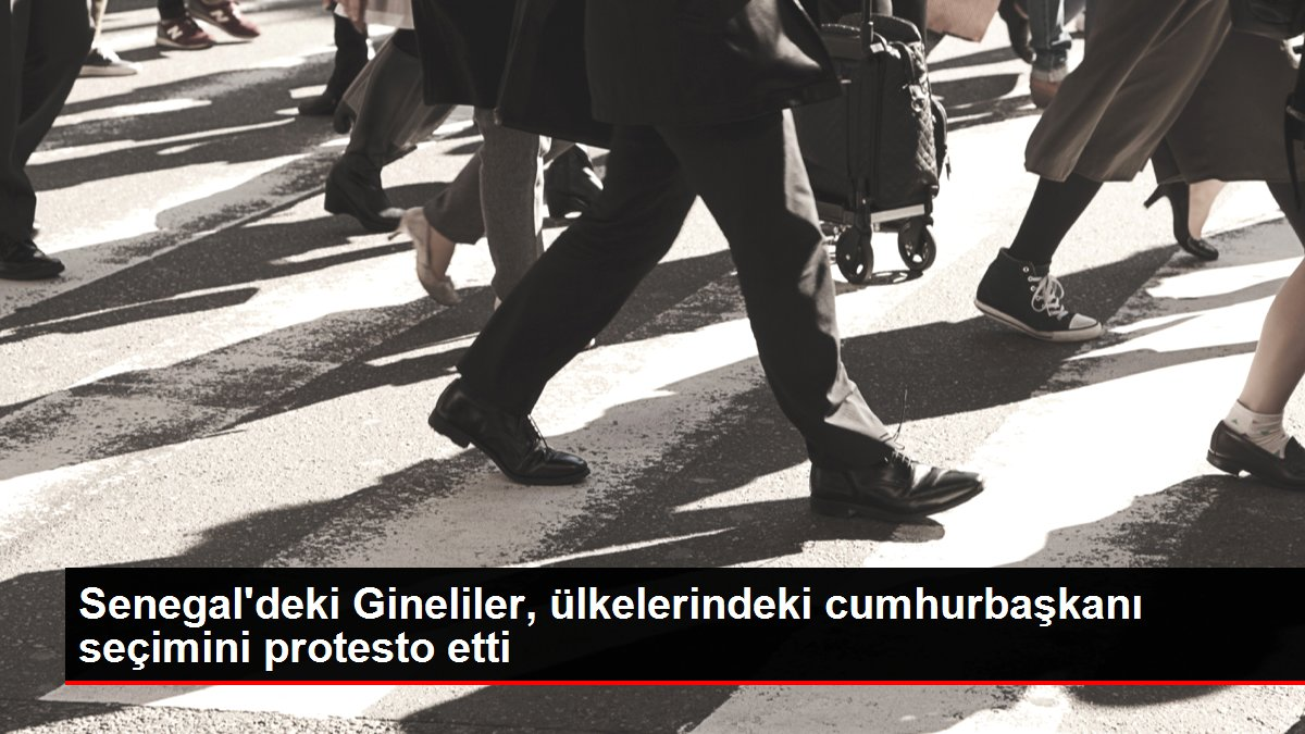 Son dakika haberleri... Senegal'deki Gineliler, ülkelerindeki cumhurbaşkanı seçimini protesto etti
