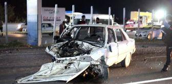 Son dakika haber! Aksaray da iki otomobil çarpıştı: ...