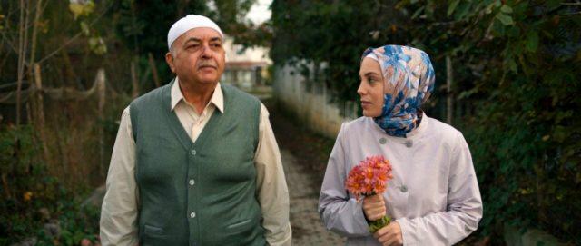 Netflix'in yeni Türk dizisi Bir Başkadır'dan ilk fragman yayınlandı
