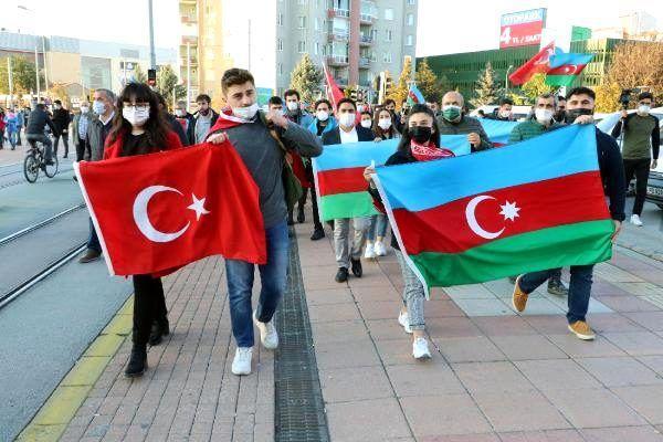 Azerbaycan'ın Karabağ zaferi Eskişehir'de coşkuyla kutlandı