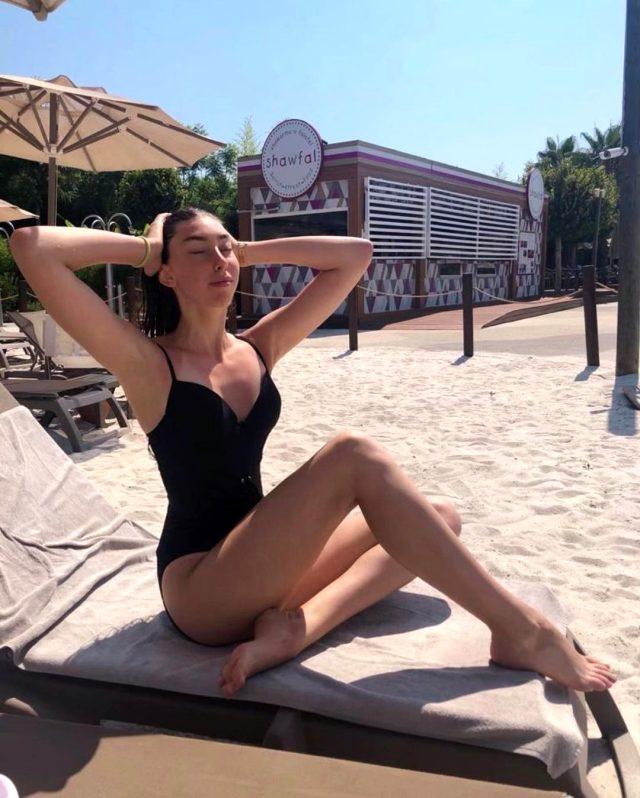 Best Model'in ardından 16 Yaşındaki Ceyda Toyran'ın Miss Model seçilmesi tartışma yarattı