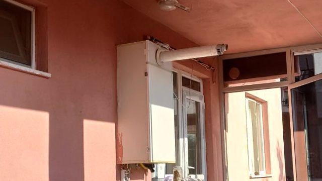 Hatalı cam balkon bütün aileyi zehirledi! Hastanede ölümle pençeleşiyorlar