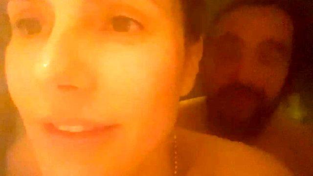 Heidi Klum, kendisinden 16 yaş küçük sevgilisiyle banyo videosunu paylaştı