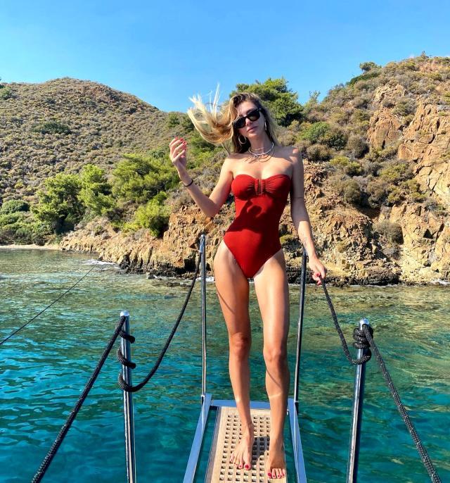 Tatil yapmaktan bıkmayan Şeyma Subaşı, jakuzili videosunu paylaştı