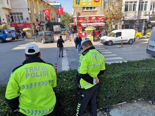 Edirne'de yayalara yol vermeyen sürücülere ceza