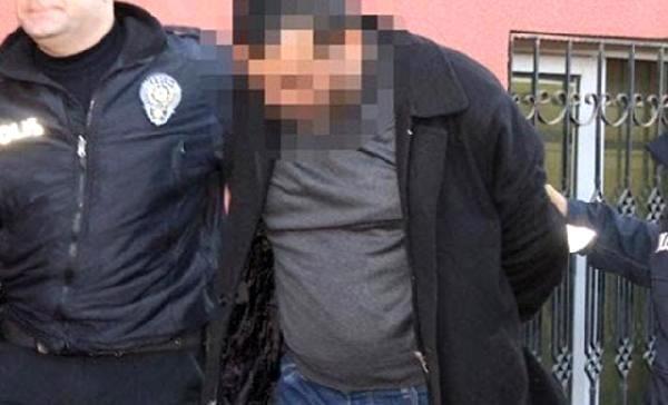 Öz kızına cinsel istismardan 30 yıl hapis cezası alan babaya FETÖ'den 2 yıl hapis