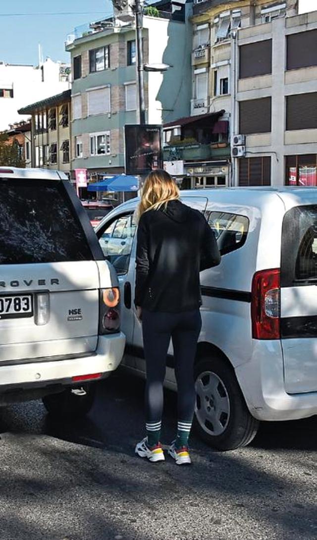 Gül Gölge trafik kazası geçirdi