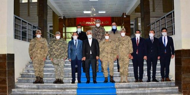 Son dakika haberleri | İçişleri Bakan Yardımcısı Mehmet Ersoy ve Jandarma Genel Komutanı Orgeneral Arif Çetin, Ardahan'da