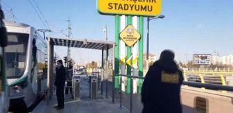 Konya: Biletsiz tramvaya binmeye çalışan kişi, kendisini uyaran güvenlik görevlisini bıçakladı