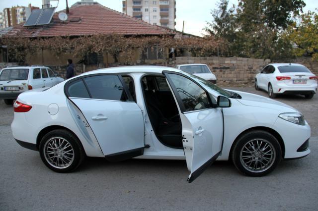Satın aldığı otomobilin iki araçla birleştirildiğini ekspertiz raporu ile öğrenince soluğu mahkemede aldı