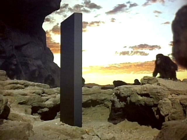 2001 A Space Odyssey konusu nedir? 2001 Bir Uzay Macerası film çözümlemesi, metaforları | 2001 A Space Odyssey yönetmeni kimdir?