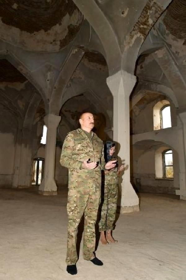 Son dakika haberi... AzerbaycanCumhurbaşkanı Aliyev'den 27 yıl sonra Ağdam'a ilk ziyaret