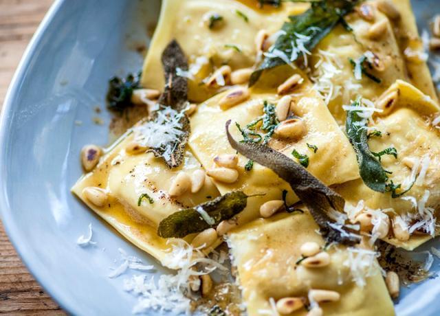 Deniz Mahsullü Ravioli nasıl yapılır? 24 Kasım Masterchef yemekleri! Deniz Mahsullü Ravioli tarifi, malzemeleri püf noktası | Farklı makarna çeşitleri