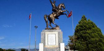 Özbek: Edremit'te Öğretmenler Günü'nde anlamlı etkinliklere imza atıldı