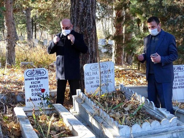 Hisarcık'ta vefat eden öğretmenler unutulmadı