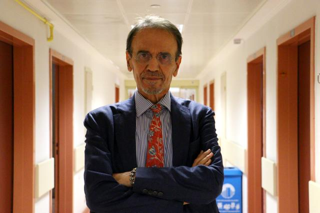 Prof. Dr. Mehmet Ceyhan, koronavirüs hastalarını uyardı: Önerilen ilaçlar mutlaka kullanılmalı