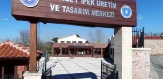 Jandarma Arama Kurtarma: Osmanlı'nın dokuma tekniğiyle ipek kumaşlara tarihi motifleri işliyorlar