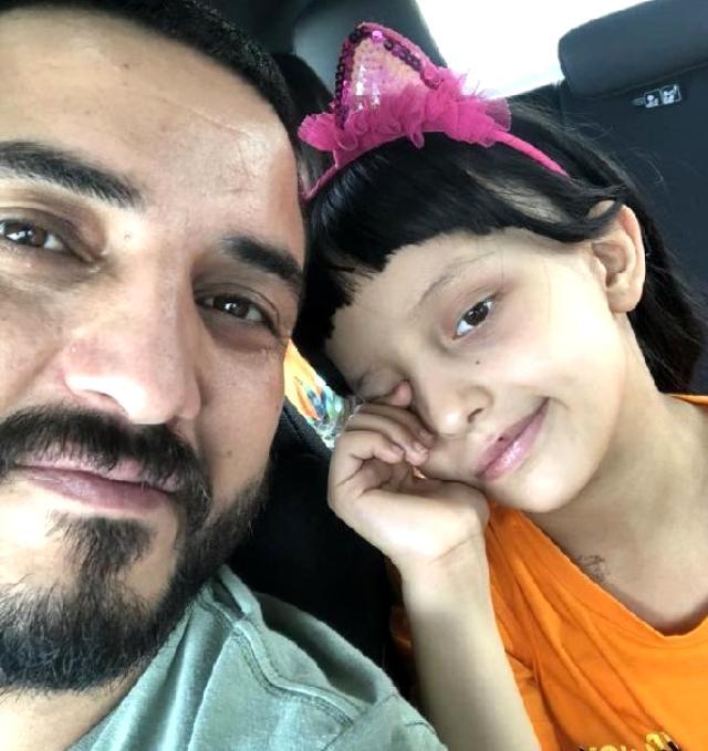 Üç yıl içerisinde hem eşini hem de kızını kaybeden babanın paylaşımı yürek dağladı