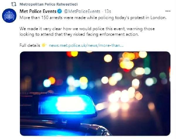 İngiltere'deki Covid-19 önlemleri karşıtı eylemde 150 kişi gözaltına alındı