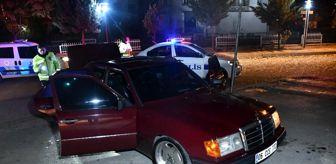 Aksaray: Son dakika haberi! Polisin dur ihtarına uymayan sürücü otomobili bırakıp kaçtı