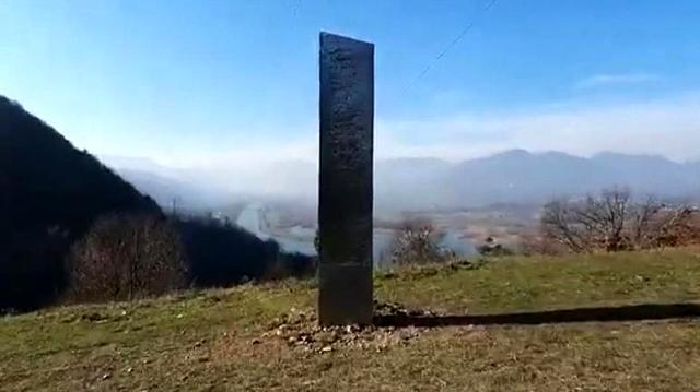 ABD'yi karıştıran gizemli metal bloğun bir benzeri bu kez Romanya'da ortaya çıktı