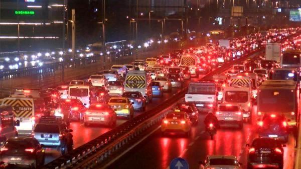 Son dakika haberleri: İstanbul'da trafik yoğunluğu -2