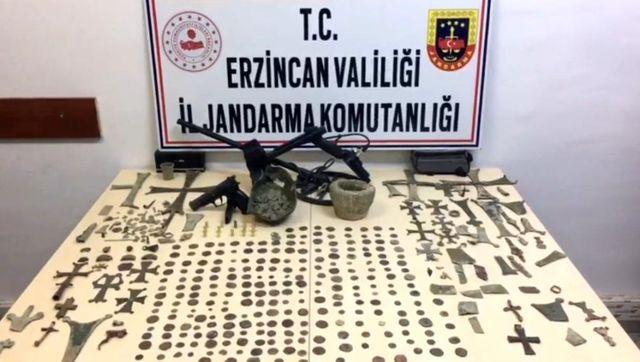 Erzincan'da tarihi eser operasyonu