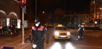 İzmir: İzmir'de 56 saatlik sokağa çıkma kısıtlaması başladı