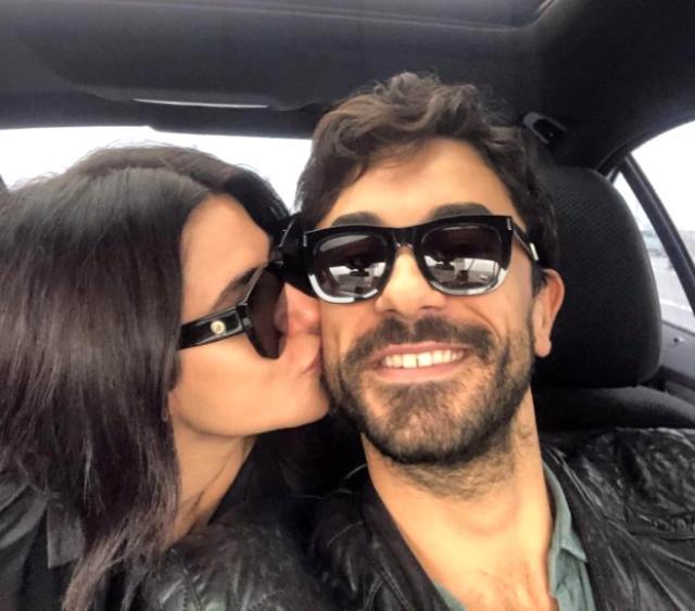 Nesrin Cavadzade, oyuncu sevgilisi Gökhan Alkan'ın evdeki yarı çıplak halini paylaştı