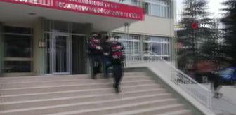 Jasat: Divanın altından çıkan hırsız tutuklandı