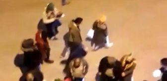 Bursa: Son dakika haberleri | Kısıtlama öncesi seyyar satıcılar tezgah kurdu, sosyal mesafe hiçe sayıldı