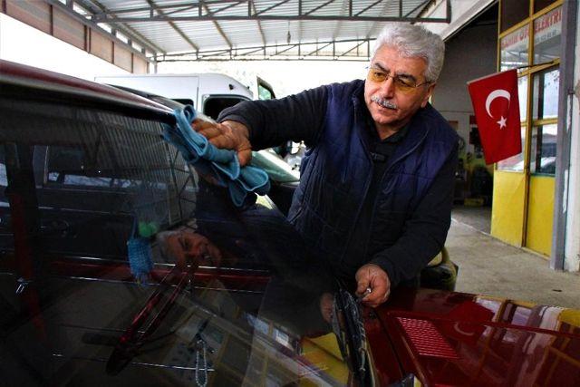 Toz kondurmadığı 1975 model 'Murat 124'ü 100 bin liraya satıyor