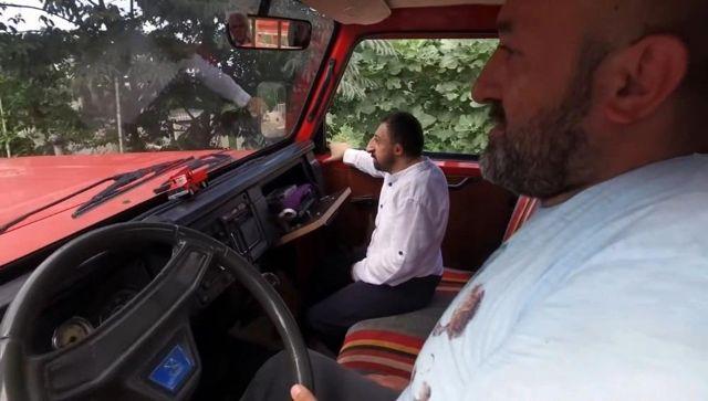 Köksal Baba lakaplı fenomen yıllardır hayalini kurduğu kırmızı kamyonetine kavuştu