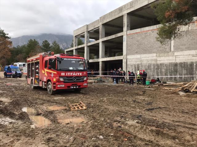 Son Dakika! Denizli'de foseptikte su tahliyesinde pompanın egzozundan zehirlenen 3 işçi hayatını kaybetti