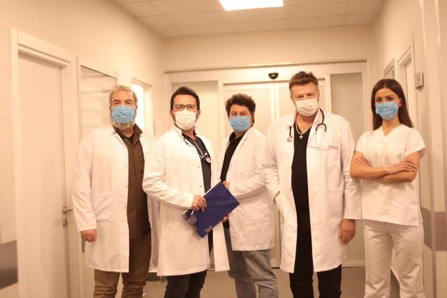 Uğur Aslan'dan anlamlı koronavirüs projesi! Başrollerde Murat Övüç ve Nuri Alço yer aldı