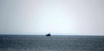 Dalgalar: Balıkçıların denizde gördüğü dalgıç kıyafetli ceset ekipleri harekete geçirdi