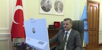 Osmanlıspor: Gazi Üniversitesi Rektörü Yıldız, AA'nın 'Yılın Fotoğrafları' oylamasına katıldı
