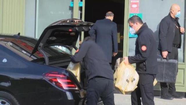 Cumhurbaşkanı Erdoğan'dan Üsküdar'da bir fırından alışveriş yaptı